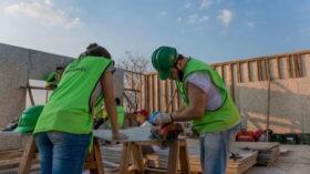 Gerdau, Vedacit e Tigre põem a mão na massa para resolver os problemas de habitação