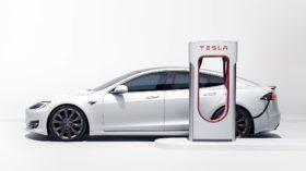 O lado B dos carros elétricos: a bateria
